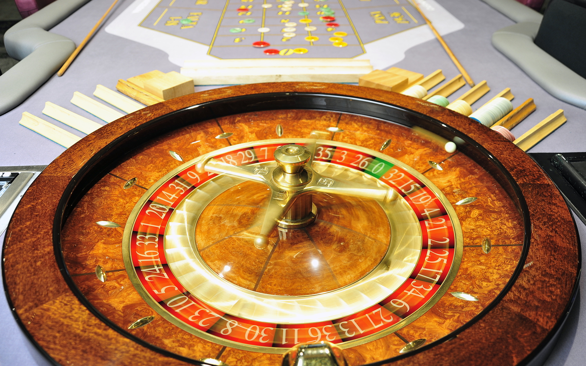 Casino barcelona roulette witcher poker dice online