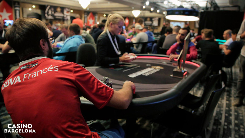 Pacto a tres bandas en el Main Event del PokerStars National
